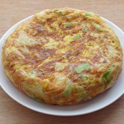 空豆とカマンベールチーズのスペイン風オムレツ_a0118345_1743914.jpg