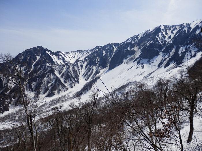 残雪の大山へ_f0219710_6574621.jpg