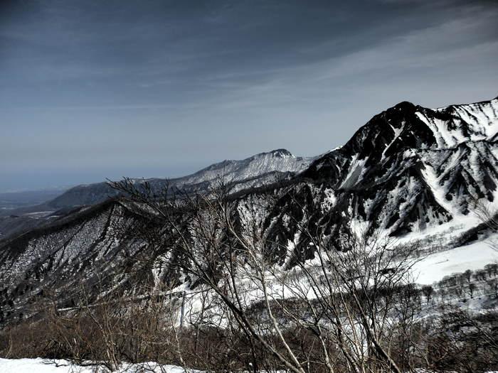 残雪の大山へ_f0219710_733476.jpg