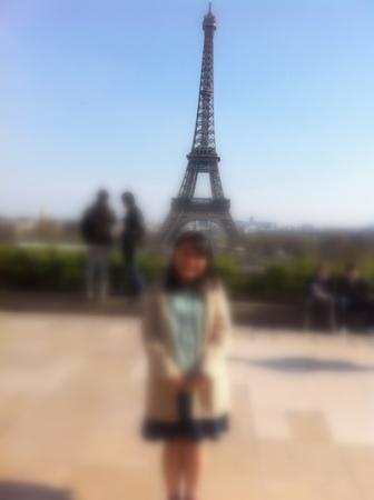 パリで友人と再会 & エッフェル塔でランチ♪_f0141419_09490650.jpg