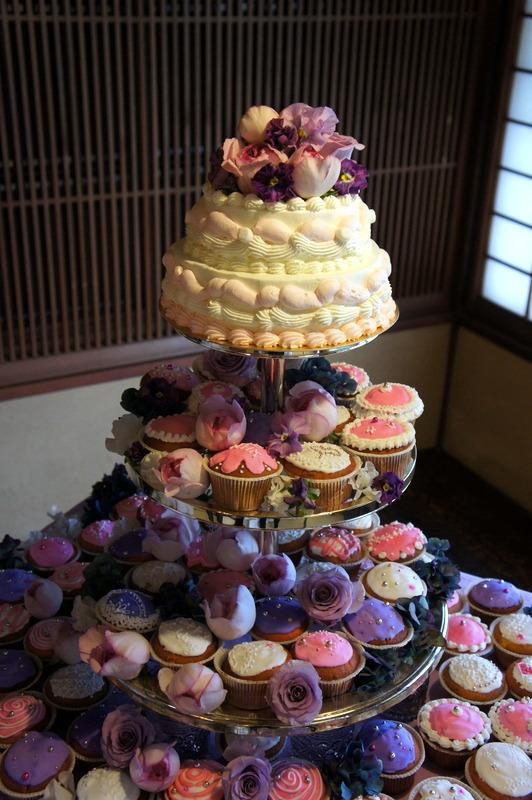 披露宴のカップケーキタワー♡_d0210450_16485111.jpg