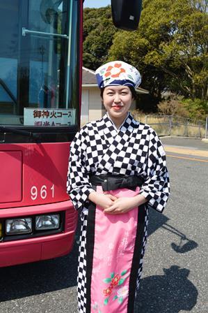 伊豆大島 あんこさん、桜に椿にウサギも!春に出会う日帰り島旅へ_b0053082_12163643.jpg