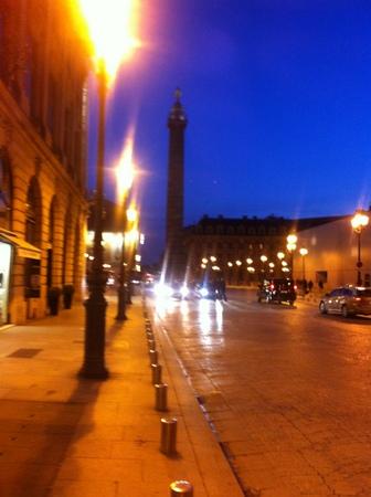 パリ最後の夜 & ロンドンvsパリ土産_f0141419_09582071.jpg
