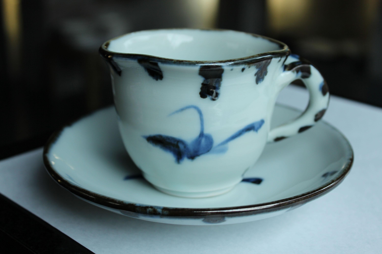 廣永窯  染付草文コーヒー碗皿_c0237627_2084037.jpg
