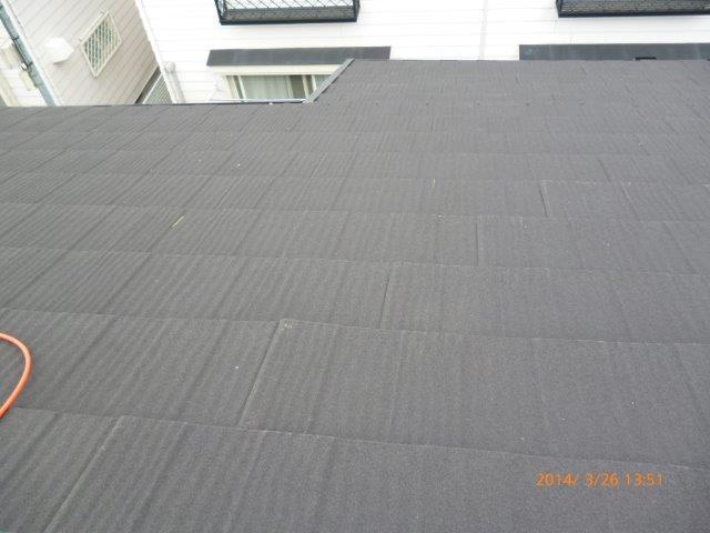 瓦の屋根を葺き替えています 2_e0207151_1334353.jpg