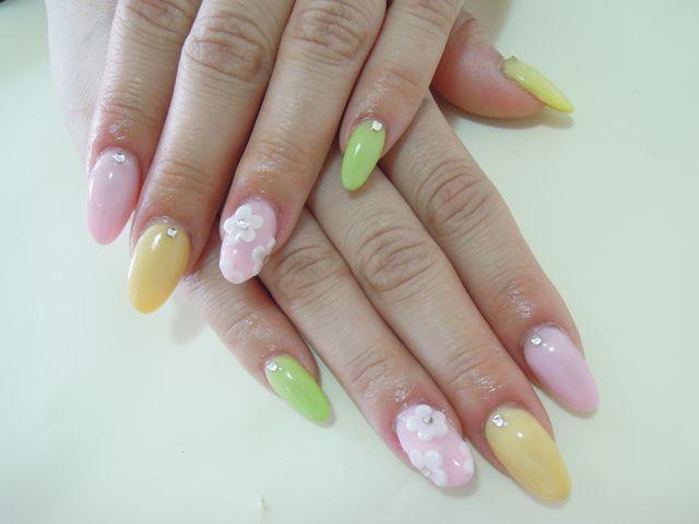 Pastel Flower Nail_a0239065_15313074.jpg