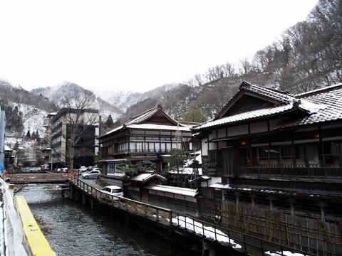『東山温泉』_b0145843_0252385.jpg