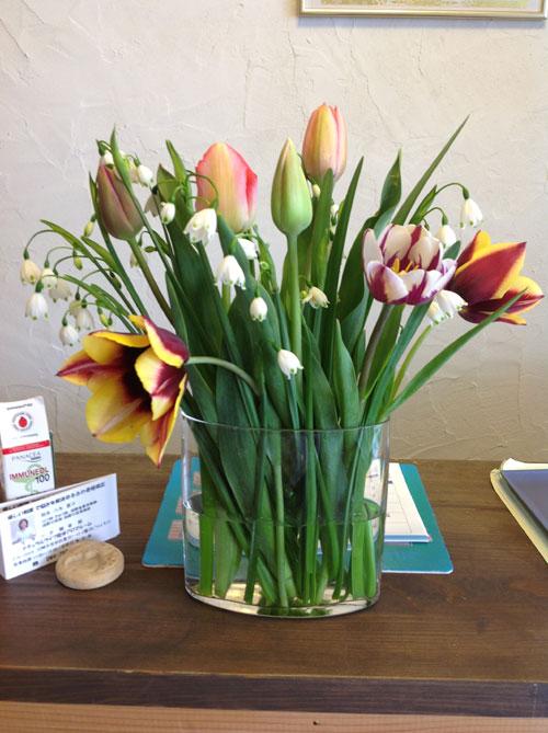 お庭で咲いた花をいただきました_a0237010_18195393.jpg