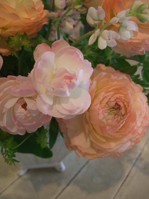 オークリーフ花の教室(山田さんの作品)_f0049672_1753345.jpg