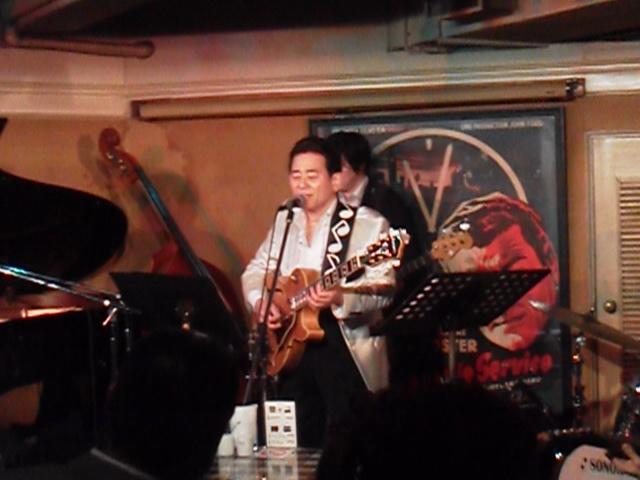 BarBarBarジャズライブ大盛況!_e0119092_1451554.jpg
