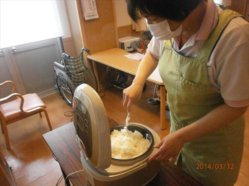 炊きたてご飯_f0299108_1958648.jpg