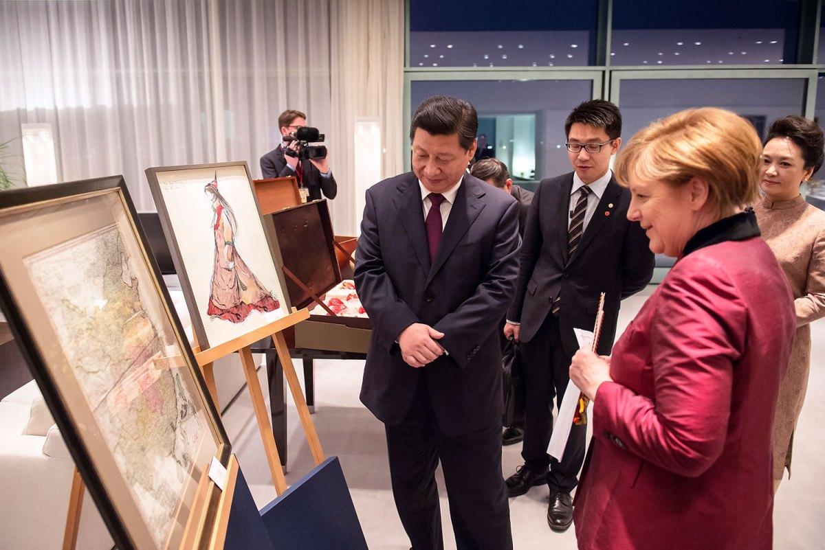 メルケル首相、1735年中国の古地図を習近平に送る!:昔の支那は小さかったわよ!_e0171614_15193074.jpg