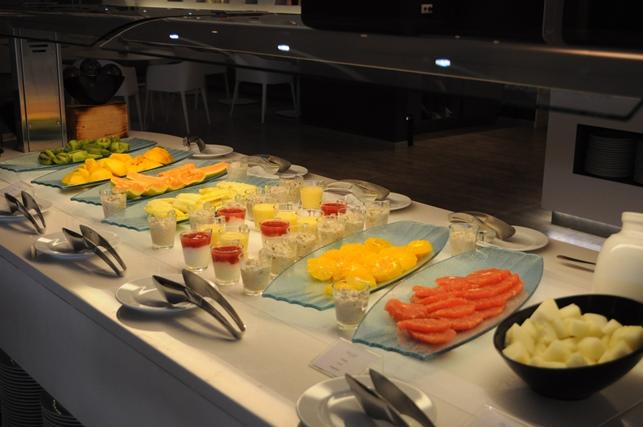 2014年 ポルトガルホリデー(3)ホテルの朝食_d0104926_3294140.jpg