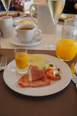 2014年 ポルトガルホリデー(3)ホテルの朝食_d0104926_331196.jpg