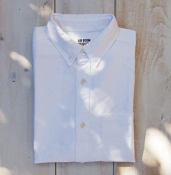 「春の旅ーシャツと鞄と靴と本ー」AIR ROOM PRODUCTSさん。_e0060555_17172083.jpg