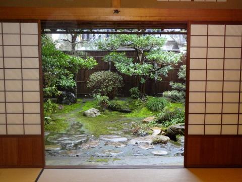 金沢 雨とお茶室│北陸建築旅_b0274159_14252925.jpg