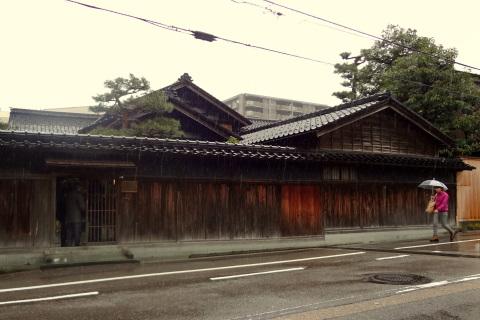 金沢 雨とお茶室│北陸建築旅_b0274159_18323573.jpg