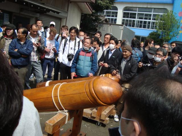 関東三大奇祭「かなまら祭り」へ行く。_f0232060_133529.jpg