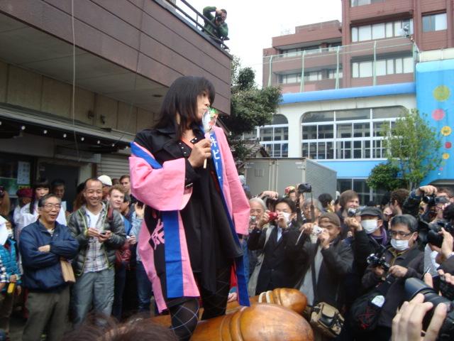 関東三大奇祭「かなまら祭り」へ行く。_f0232060_16349.jpg