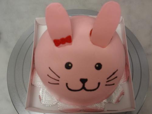 お祝い日の特別なケーキ!!_d0079577_15565378.jpg