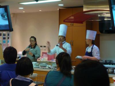 <手話通訳つき>エスコヤマ・小山シェフのお菓子教室、ご参加ありがとうございました!_a0277483_23193946.jpg