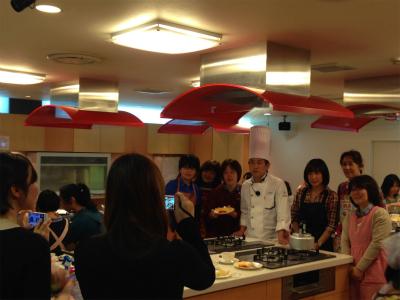 <手話通訳つき>エスコヤマ・小山シェフのお菓子教室、ご参加ありがとうございました!_a0277483_23202471.jpg