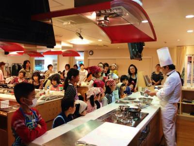 <手話通訳つき>エスコヤマ・小山シェフのお菓子教室、ご参加ありがとうございました!_a0277483_2320614.jpg