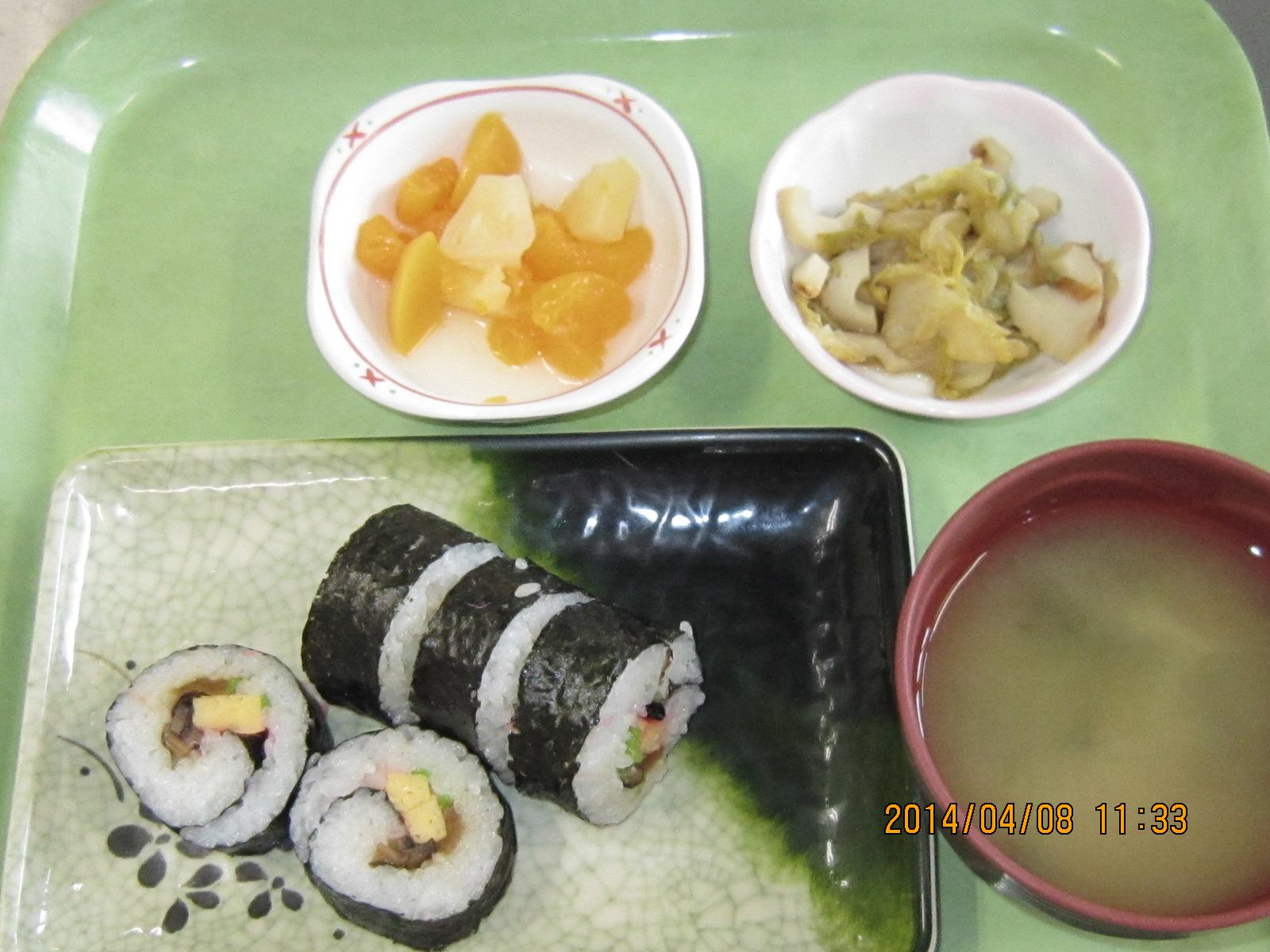 巻き寿司_a0158095_13211875.jpg