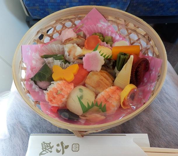 お花見弁当を食べたり 王将に行ったり フレンチも(笑)_c0098501_2255140.jpg