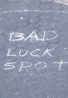 NYの街角で見かけた趣深い落書きアート_b0007805_2243556.jpg
