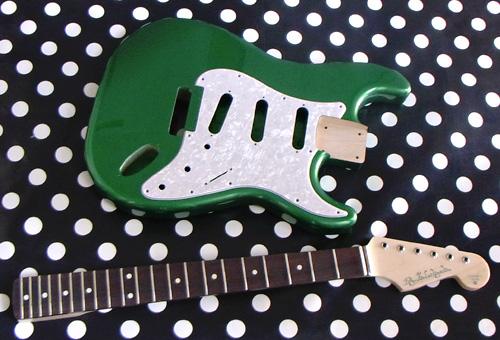 「Green Mica MetallicのStandard-S」の塗装が完了〜!_e0053731_17104558.jpg