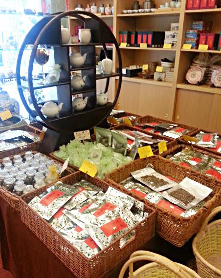 茶芸館でお茶タイム⇒おやつタイムは「思慕昔(スームージー)」でマンゴーアイス♪@台湾2014春Part.6_b0051666_87099.jpg