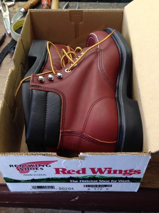 アメリカ仕入れ情報# 13 デッドストック つづき RED WING  BOOTS 204 8ハーフD_c0144020_1222140.jpg