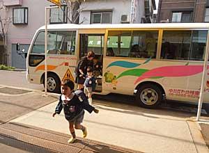 幼稚園生活がスタートしましたよ_e0325335_15551583.jpg
