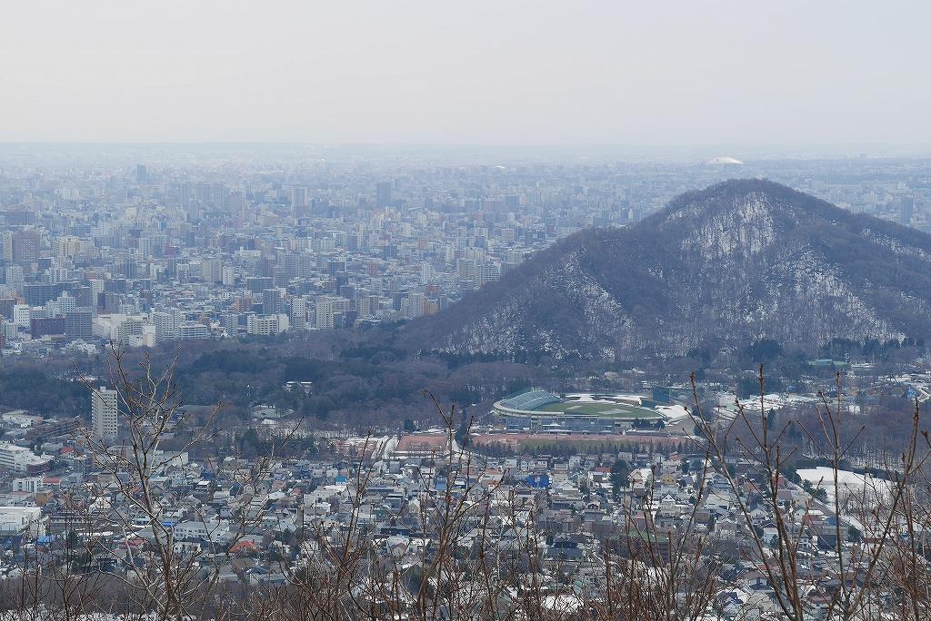 4月9日、三角山から奥三角山_f0138096_10104819.jpg