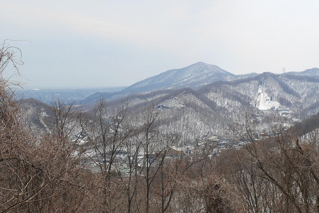 4月9日、三角山から奥三角山_f0138096_1011238.jpg