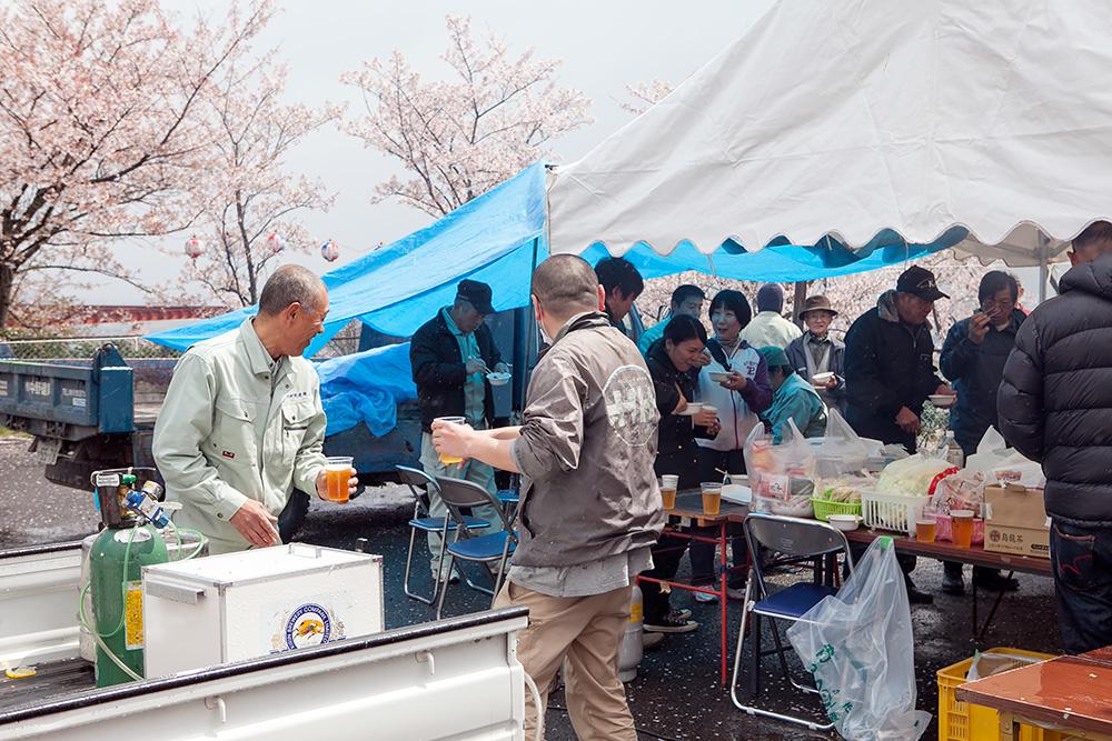 2014年春。阿波の土柱で中野建築のお花見!_a0163962_8225682.jpg