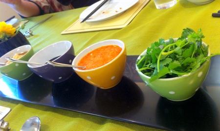 料理教室・・・シンガポール料理「海南チキンライスなど♪」_f0141419_08241803.jpg