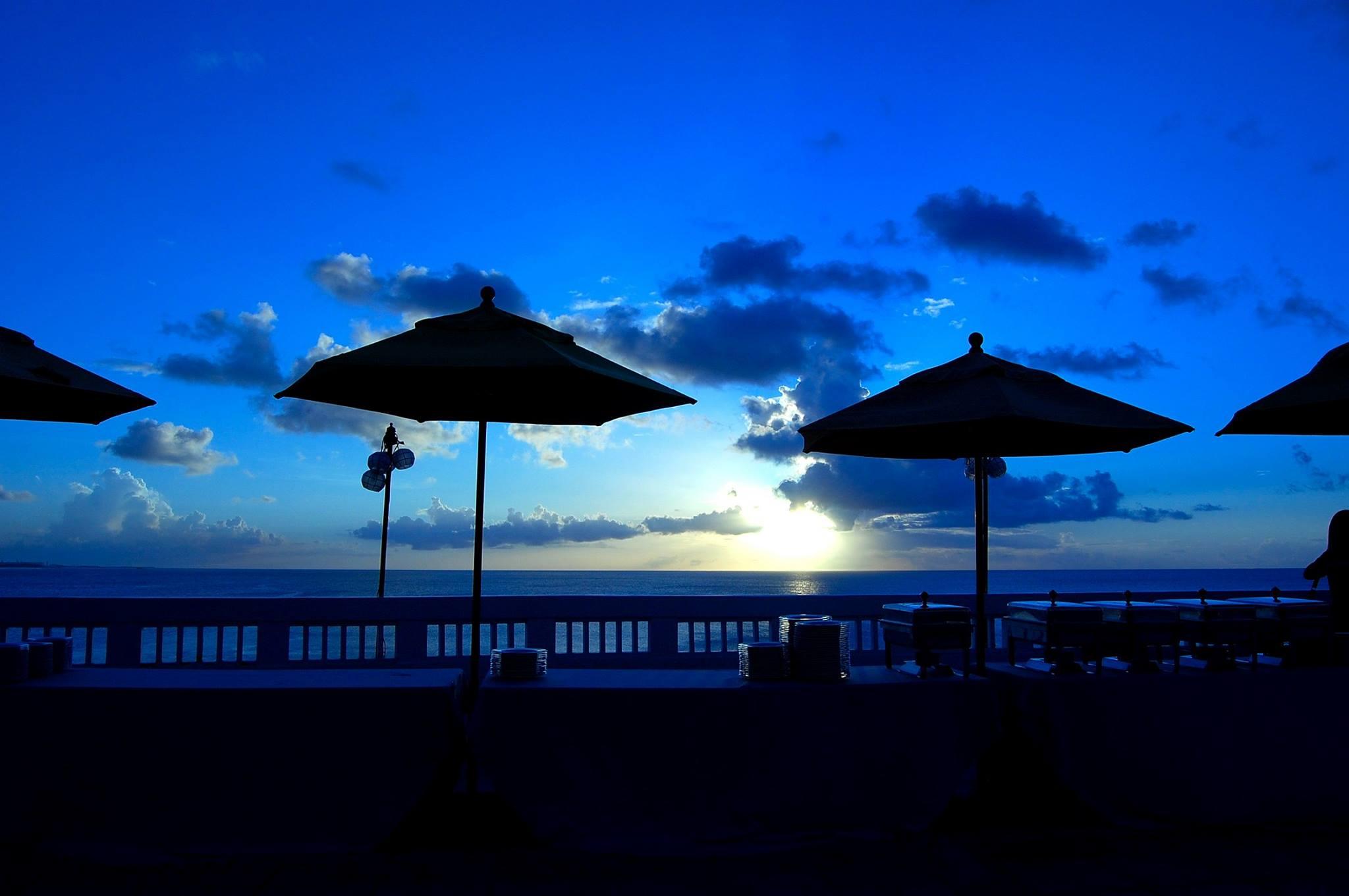 Sunset Blue   _d0239242_10124698.jpg