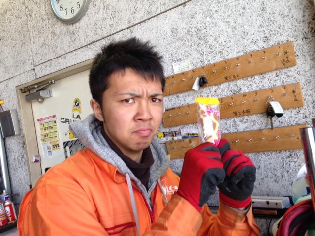 4月13日キャデラック☆アルファード☆レクサスRX 3台ご成約~!!★ランクル _b0127002_2141931.jpg