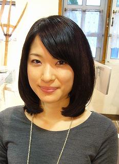 明るめカラーと黒髪_a0123703_1350659.jpg