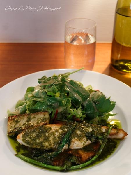 料理の風景 金目鯛のポワレ_b0133053_0253419.jpg