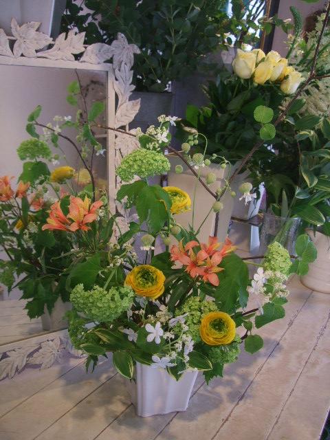 オークリーフ花の教室(赤地さんと宮原さんの作品)_f0049672_17301355.jpg