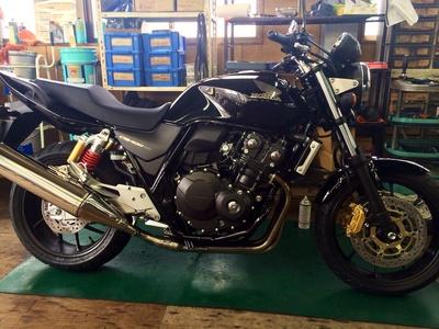 新型CB400_e0114857_030598.jpg
