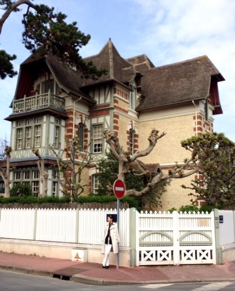 パリ~マラケシュ通信2014春 その9 ノルマンディドーヴィルホテル_a0138976_2043322.jpg