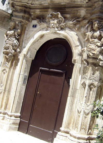 マルティーナ・フランカ 3. 壮麗なバロック建築を愛でるべし_f0205783_1133197.jpg