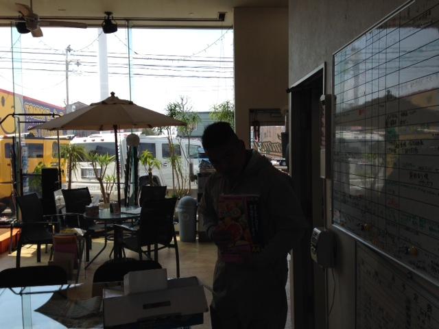 山本が送ります(●ゝω・)ノ4月16日本店 TOMMMYの1日~ランクル ハマーアルファード_b0127002_19344514.jpg