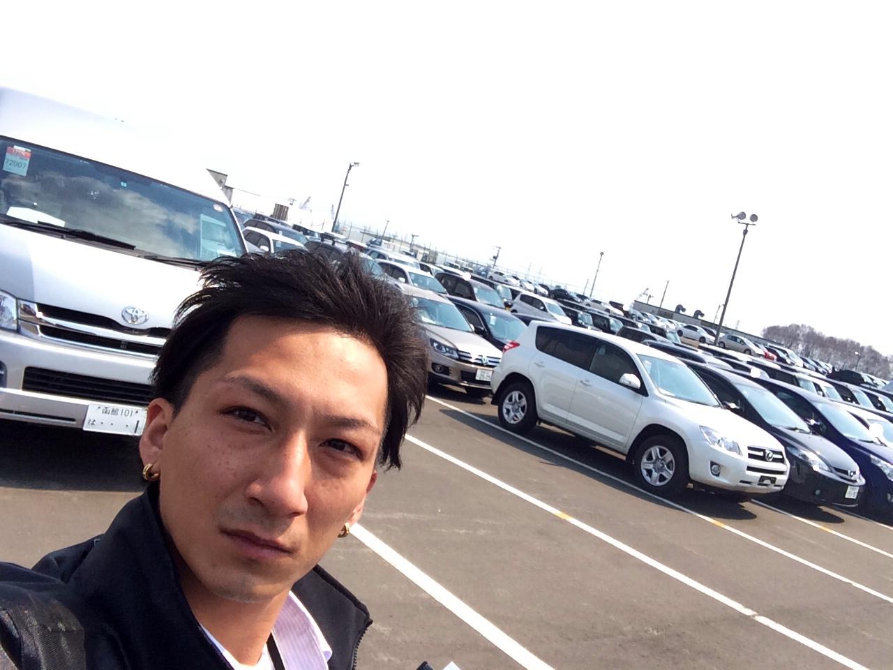 山本が送ります(●ゝω・)ノ4月16日本店 TOMMMYの1日~ランクル ハマーアルファード_b0127002_19475235.jpg