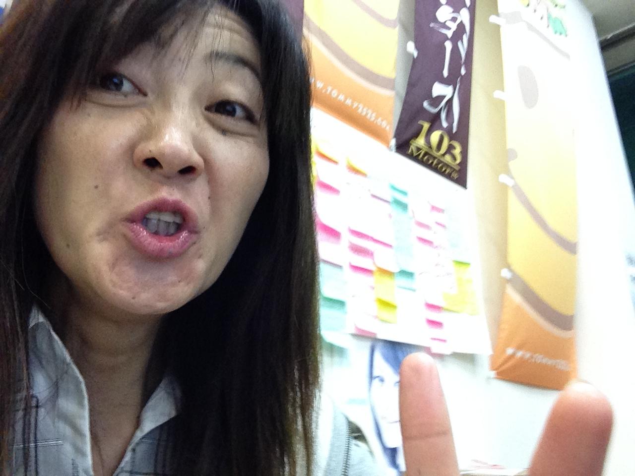 山本が送ります(●ゝω・)ノ4月16日本店 TOMMMYの1日~ランクル ハマーアルファード_b0127002_2001279.jpg