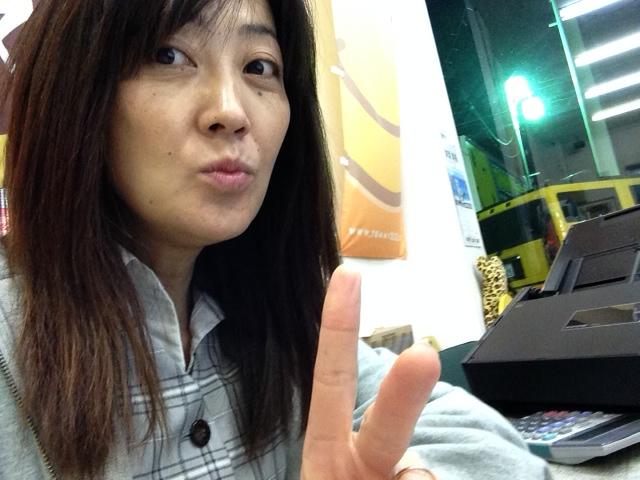 山本が送ります(●ゝω・)ノ4月16日本店 TOMMMYの1日~ランクル ハマーアルファード_b0127002_2002282.jpg